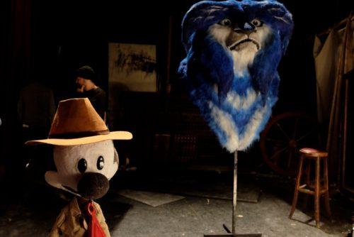 muñecos ficticios blue y malone